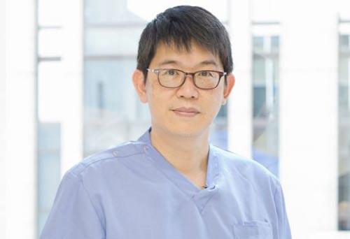 矯正専門医の楊先生