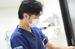 藤野慎治 歯科医師